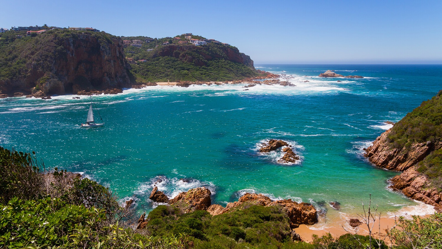 Seacrest-villa-self-catering-holiday-home-cottage-knysna-luxury-accommodation